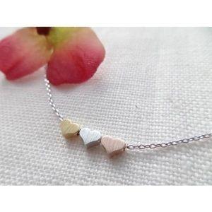 ❤️ New list! ❤️Triple heart necklace!